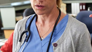 Nurse Jackie First Look: Jackie Needs a Little Help From Her Friends