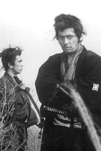 Tatsuya Nakadai as Insp. Tokuro