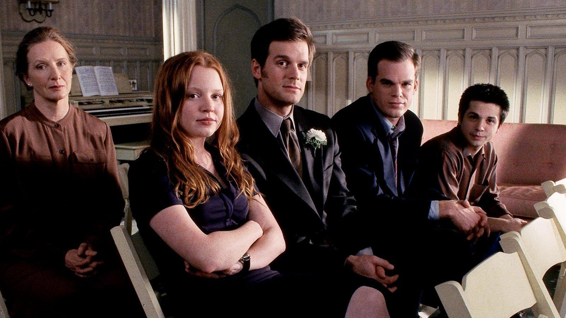 Frances Conroy, Lauren Ambrose, Peter Krause, Michael C. Hall, and Freddy Rodriguez, Six Feet Under