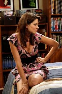 Courtney Henggeler as Amanda LaRusso