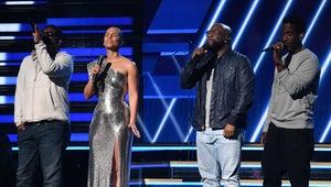 Watch 2020 Grammy Awards Host Alicia Keys Pay Emotional Tribute to Kobe Bryant