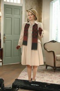 Amanda Jane Cooper as Eyelet