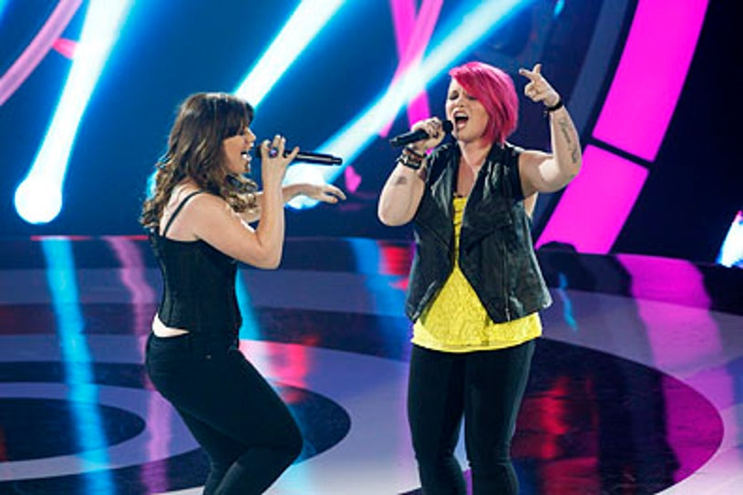 """Duets - Season 1 - """"The Superstar's Greatest Hits"""" - Kelly Clarkson and Jordan Meredith"""