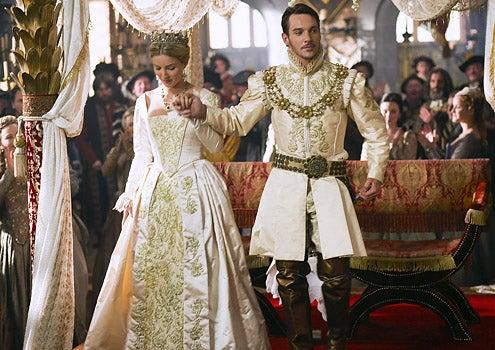 The Tudors - Season 3 - Episode 1 - Annabelle Wallis as Jane Seymour and Jonathan Rhys Meyers as Henry VII