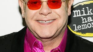 Elton John Recovering From Appendix Surgery