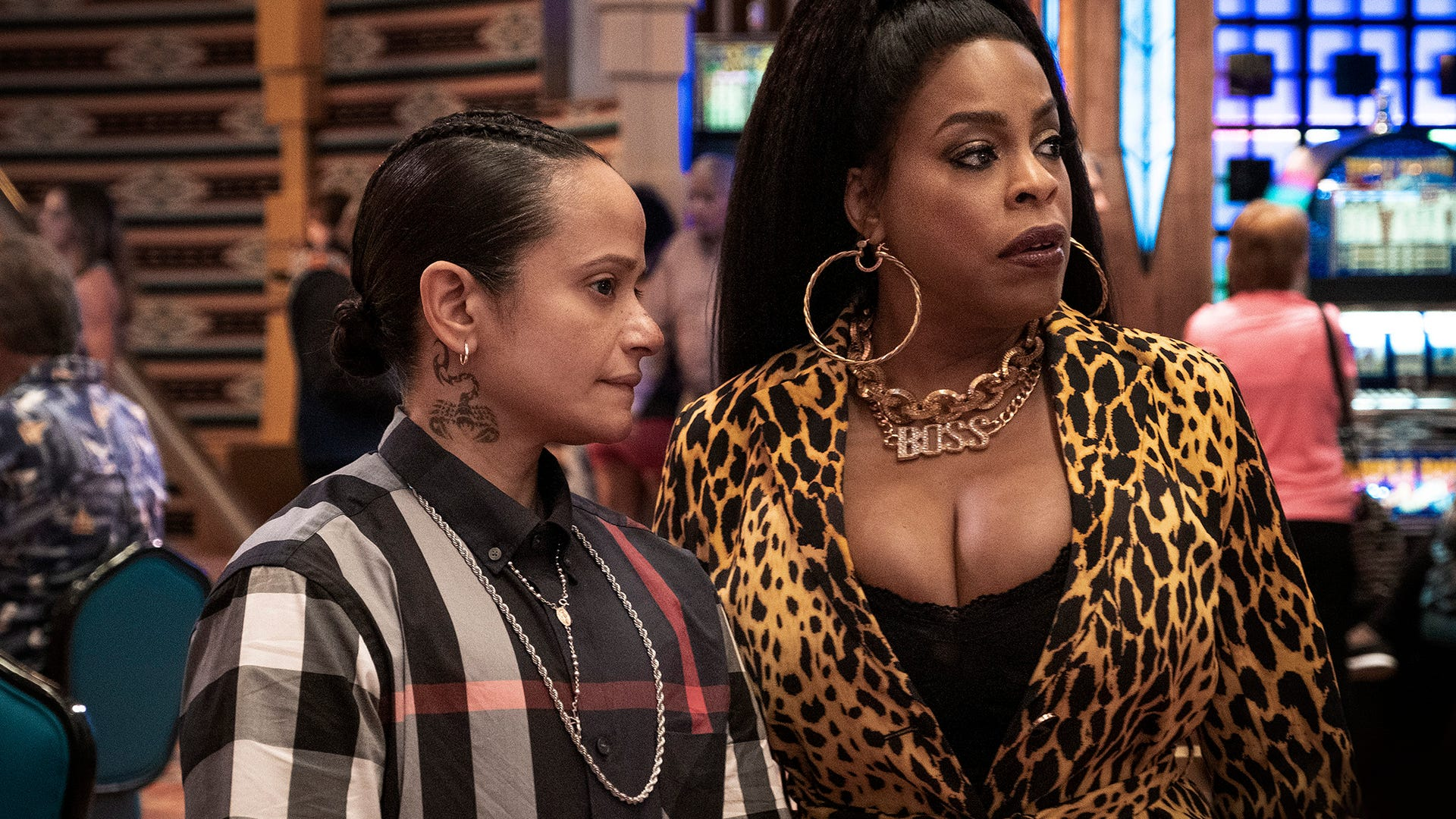 Judy Reyes and Niecy Nash, Claws