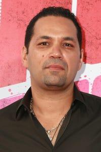 Vincent Laresca as Antonio