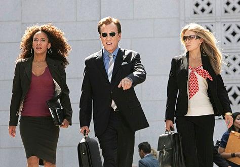 """Shark - Season 2, """"Ganster Movies"""" - Sophina Brown, James Woods, Sarah Carter"""