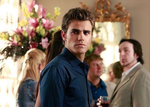 """The Vampire Diaries - Season 1 - """"Family Ties"""" - Paul Wesley as Stefan"""