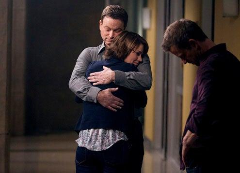 """CSI: NY - Season 8 - """"Near Death"""" - Gary Sinise, Anna Belknap, Carmine Giovinazzo"""