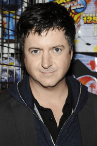 Brian Dunkleman as Pizza Guy