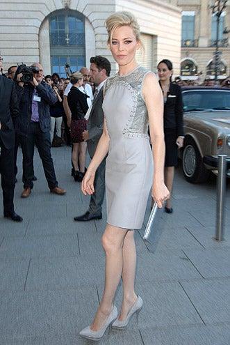 Elizabeth Banks - Versace Haut-Couture Show in Paris, France, July 1, 2012