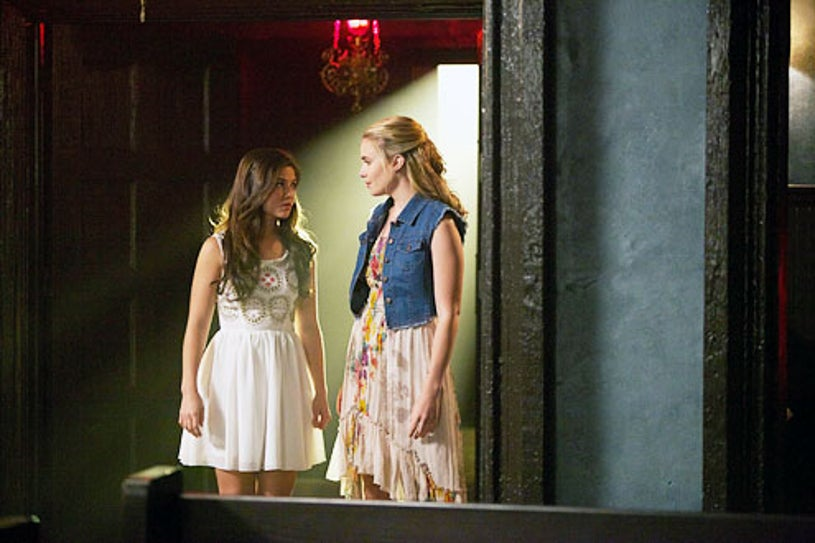"""The Originals - """"Girl in New Orleans"""" - Danielle Campbell and Leah Pipes"""