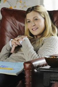 Sarah LaFleur as Melanie Reynolds