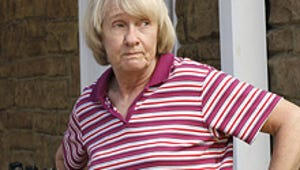 Kathryn Joosten, Desperate Housewives: Mrs. McCluskey Dishes the Dirt!