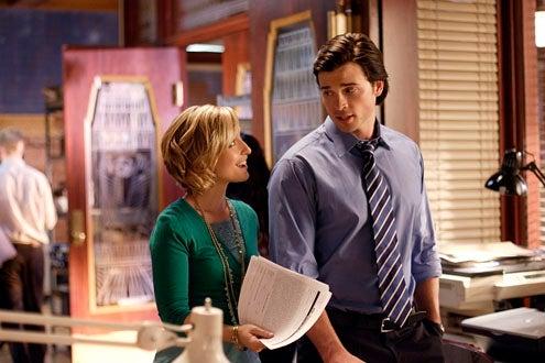 "Smallville - Season 9 - ""Crossfire"" - Allison Mack and Tom Welling"