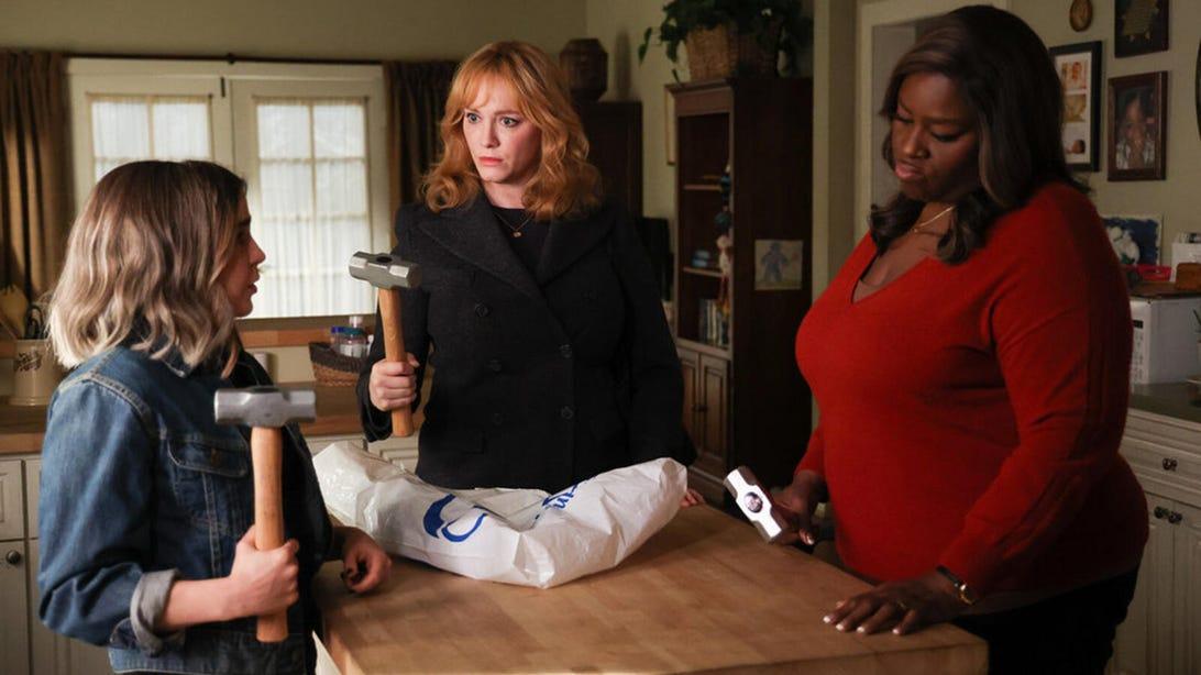 Mae Whitman, Christina Hendricks, and Retta, Good Girls