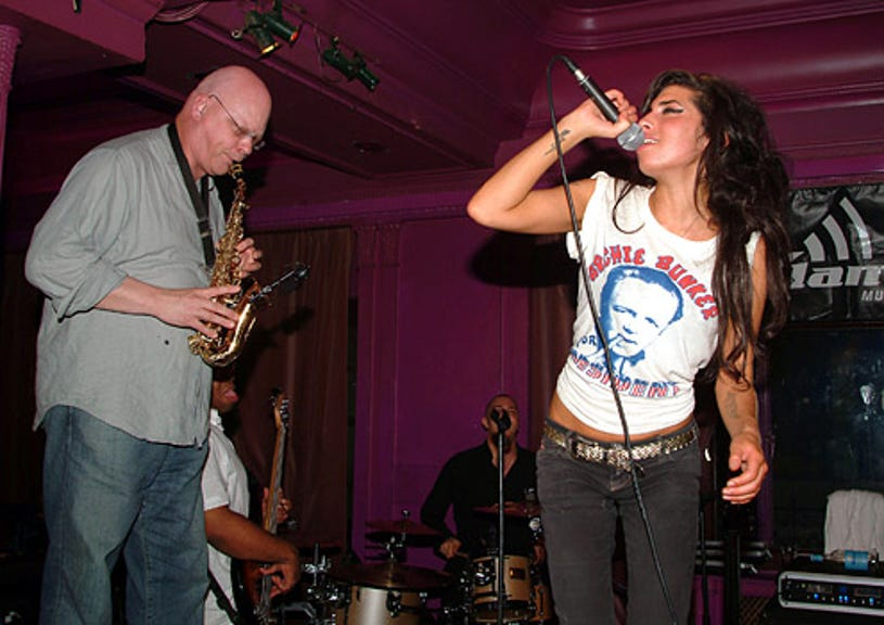 John Altman and Amy Winehouse - The Music Box Party At 10 Rooms in London, July 25, 2005
