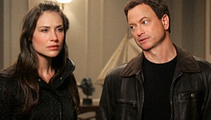 CSI: NY Exclusive: Peyton Is Back! Who Will Mac Choose?