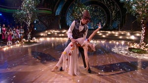 Dancing With the Stars, Season 19 Episode 5 image