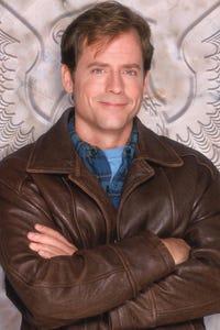 Greg Kinnear as Tad