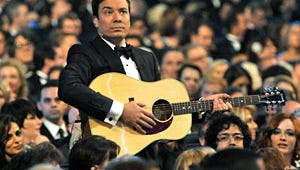 Top Moments: Jimmy Fallon, Will Arnett and Ricky Gervais Keep Things Light