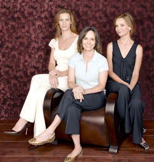 Brothers & Sisters - Rachel Griffiths as Sarah, Sally Field as Nora, Calista Flockhart as Kitty