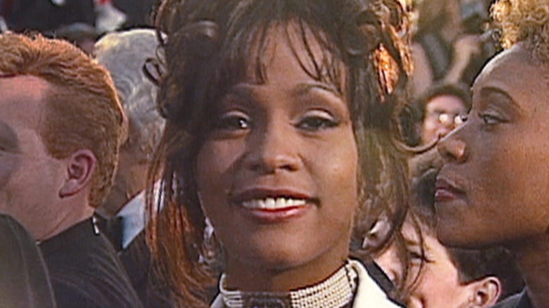 """Whitney Houston, Whitney. """"Can I Be Me"""""""