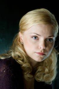 Izabella Miko as Yulia