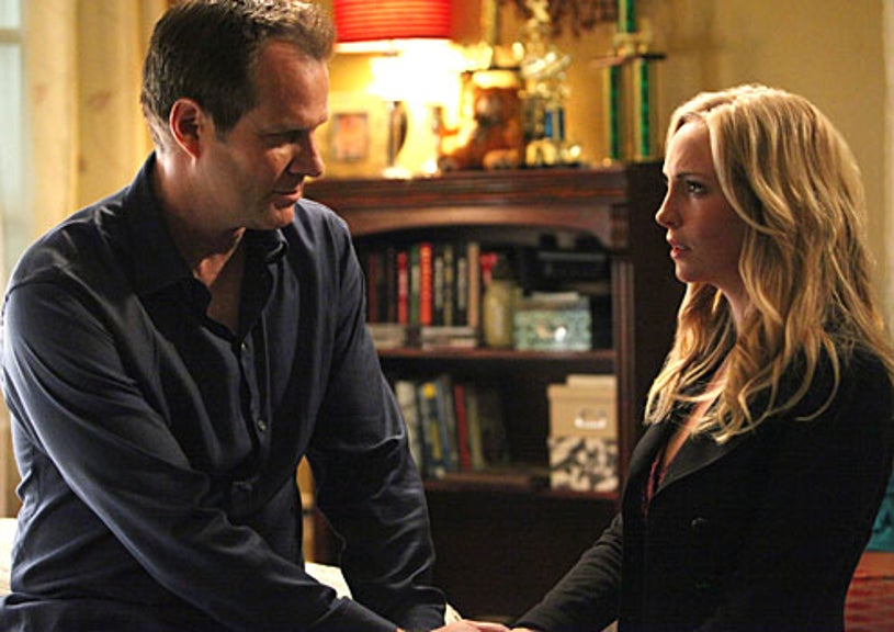 """Vampire Diaries - Season 3 - """"The Ties That Bind"""" - Jack Coleman as Bill Forbes and Candice Accola as Caroline"""