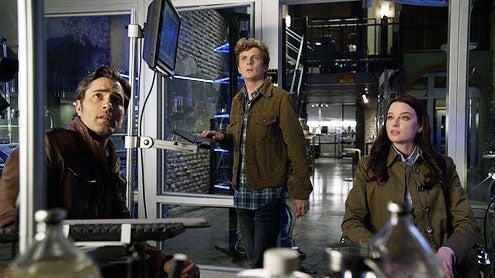 "Continuum - Season 2 - "" Second Skin"" - Victor Webster, Erik Knudsen and Rachel Nichols"