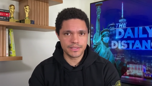 Trevor Noah Condemns Cops for Responding to 'Police Brutality With Even More Police Brutality'