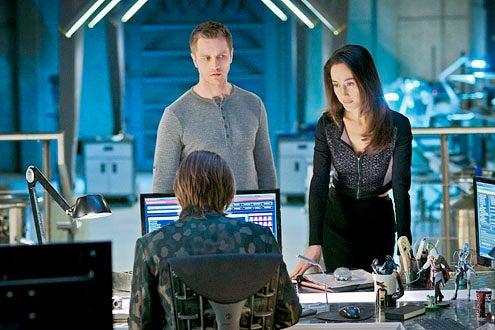 "Nikita - Season 3 - ""Masks"" - Devon Sawa and Maggie Q"