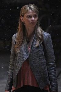 Riley Voelkel as Freya