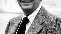 Dan Frazer, Kojak's Capt. McNeil, Dies at 90