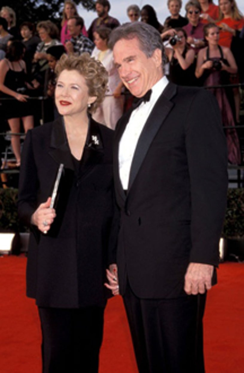 Annette Bening and Warren Beatty - The 6th Annual Screen Actors Guild Awards, March 12, 2000