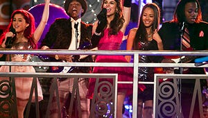 Video Exclusive: Victoria Justice Debuts New Single on Victorious Prom Episode