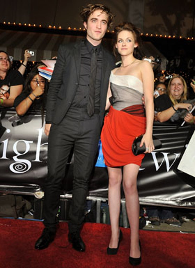 """Robert Pattinson and Kristen Stewart - The """"Twilight"""" world premiere, November 17, 2008"""