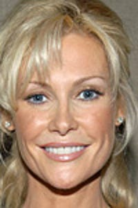 Alison Doody as Flannery