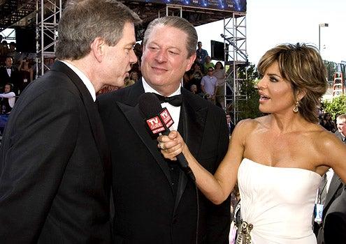 The 2007 Emmy Awards - Joel Hyatt, Al Gore and Lisa Rinna
