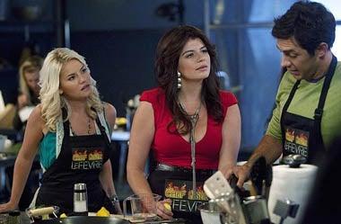 "Happy Endings - Season 1 - ""Bo Fight"" - Elisha Cuthbert, Casey Wilson, Michael Rady"
