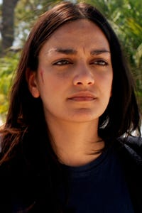Pranidhi Varshney as Nurse/Receptionist