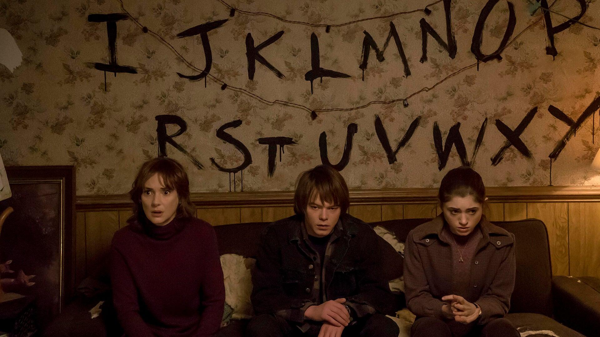 Winona Ryder, Charlie Heaton, Natalia Dyer, Stranger Things
