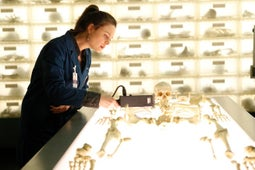 Bones, Season 5 Episode 16 image