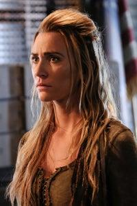 Jessica Harmon as Dale Bozzio