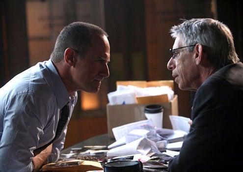 """Law & Order: SVU - Season 12 - """"Wet"""" - Christopher Meloni as Det. Elliot Stabler and Richard Belzer as Det. John Munch"""