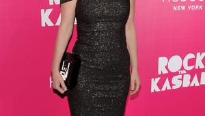 New Girl Star Zooey Deschanel Being Sued by Ex-Manager