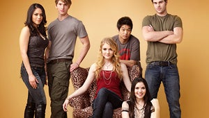 Exclusive: The Nine Lives of Chloe King Cast Photo Revealed