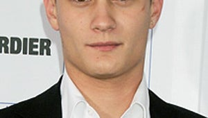 Life Unexpected's Rafi Gavron Heads to Parenthood