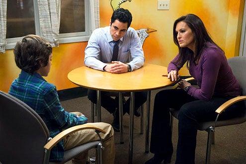 "Law & Order: Special Victims Unit - Season 14 - ""Born Psychopaths"" - Ethan Cutkosky, Danny Pino and Mariska Hargitay"